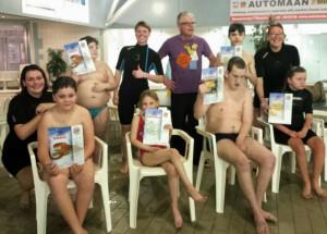 Uitreiking zwemcertificaat bij Het Startblok